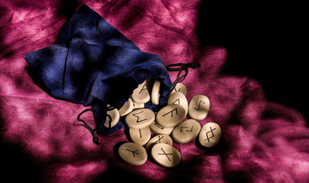 The mysteries of the world's alphabets